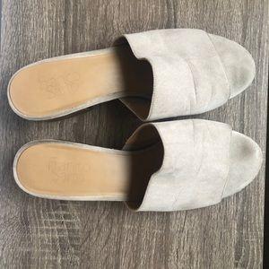 Franco Sarto slip on mule sandal 8.5